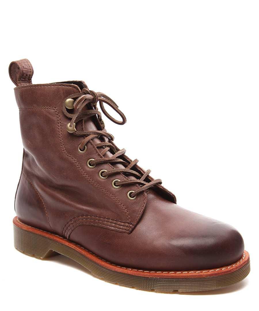 dr martens men 39 s winton leather boots designer footwear sale dr martens secretsales. Black Bedroom Furniture Sets. Home Design Ideas